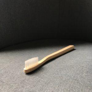 Brosse à dents Adulte Médium sans pochette